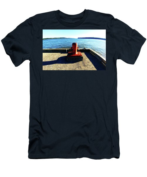 Waiting For The Ship To Come In. Men's T-Shirt (Athletic Fit)