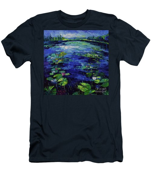Water Lilies Magic Men's T-Shirt (Slim Fit)