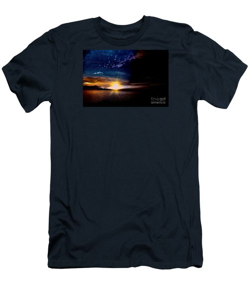 Welcome Beach 2015 3 Men's T-Shirt (Slim Fit) by Elaine Hunter