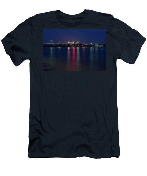 Woods Memorial Bridge Men's T-Shirt (Athletic Fit)