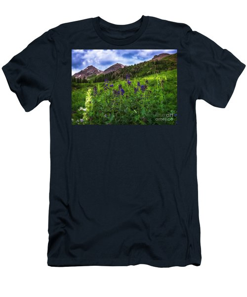 Men's T-Shirt (Athletic Fit) featuring the photograph Yankee Boy Basin by Bitter Buffalo Photography