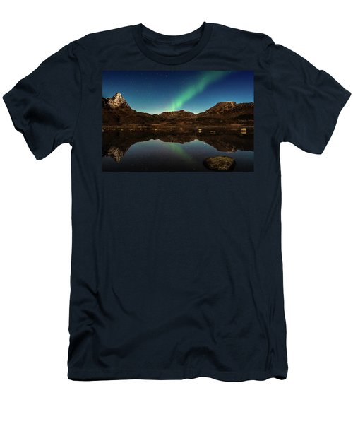Aurora Borealis Men's T-Shirt (Athletic Fit)