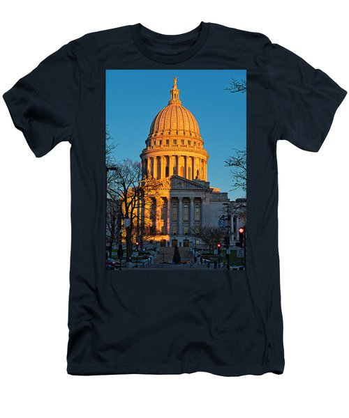 Capitol - Madison - Wisconsin Sunset Men's T-Shirt (Athletic Fit)