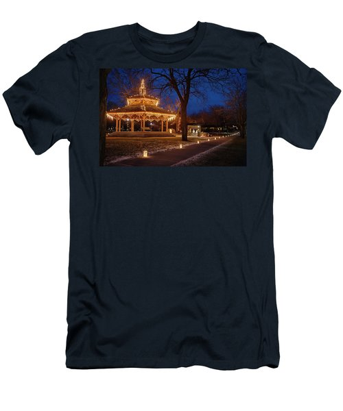 Christmas Eve In Dexter Men's T-Shirt (Athletic Fit)