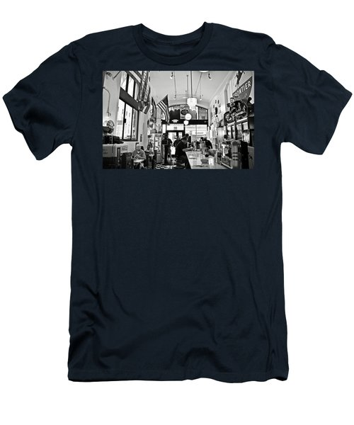 Loris Diner San Francisco Bw Men's T-Shirt (Athletic Fit)
