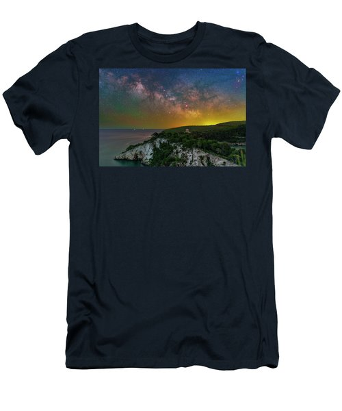San Felice Arch And Tower Men's T-Shirt (Athletic Fit)