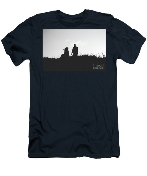 Silhouette Of Couple In Love With Wedding Couple On Top Of A Hill Men's T-Shirt (Athletic Fit)