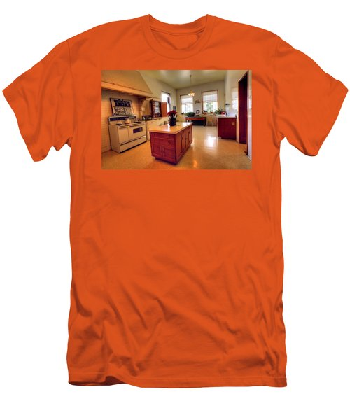 Glensheen Mansion Duluth Men's T-Shirt (Athletic Fit)