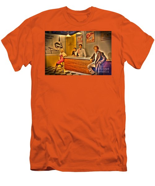 American Cinema Icons - 5 And Diner Men's T-Shirt (Athletic Fit)