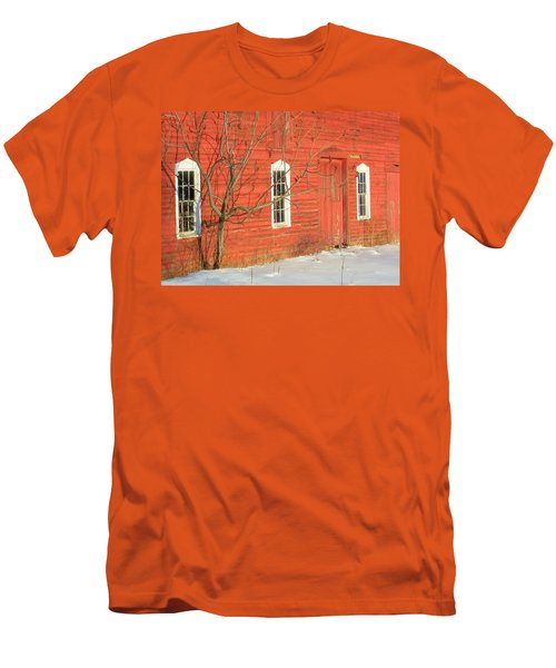 Men's T-Shirt (Slim Fit) featuring the photograph Barnwall In Winter by Rodney Lee Williams