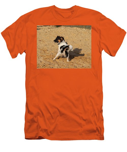 Beach Dog Pose Men's T-Shirt (Athletic Fit)