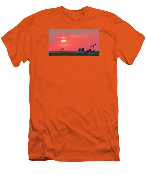 Men's T-Shirt (Slim Fit) featuring the photograph Rising Full Moon In Oklahoma by Janette Boyd