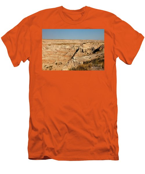 Fossil Exhibit Trail Badlands National Park Men's T-Shirt (Athletic Fit)