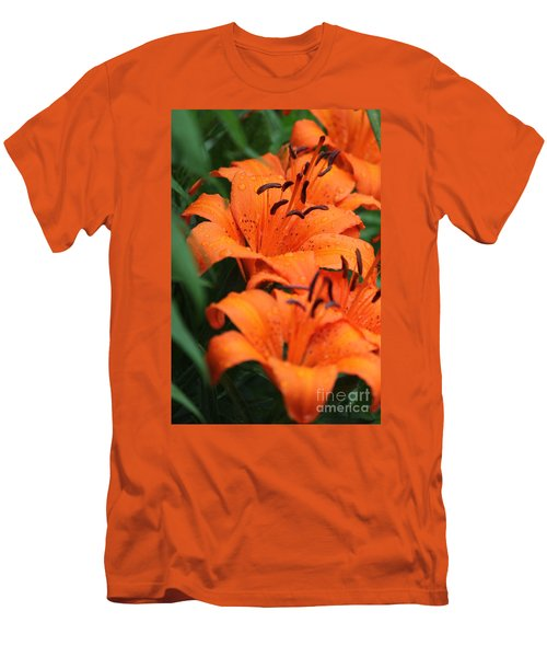 Freshly Showered Tiger Lilys Men's T-Shirt (Athletic Fit)