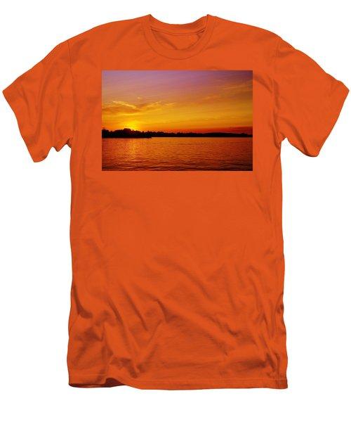 Humbug Men's T-Shirt (Athletic Fit)