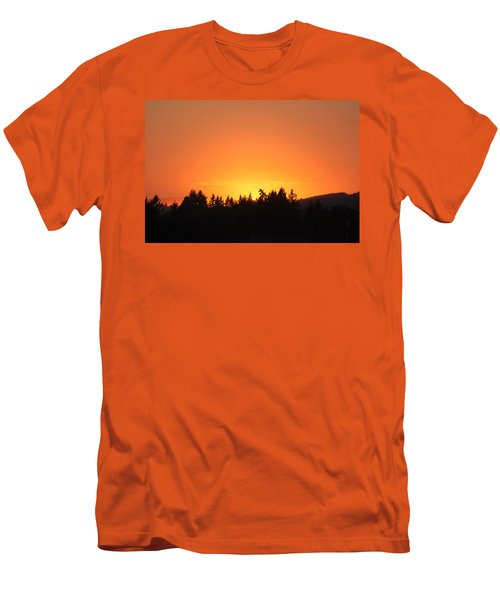 Oregon Sunset Men's T-Shirt (Athletic Fit)