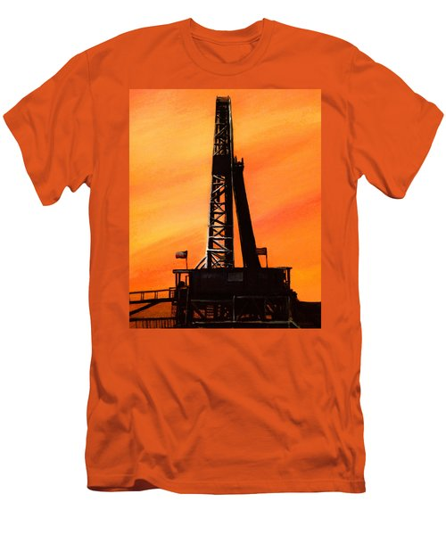 Texas Oil Rig Men's T-Shirt (Athletic Fit)