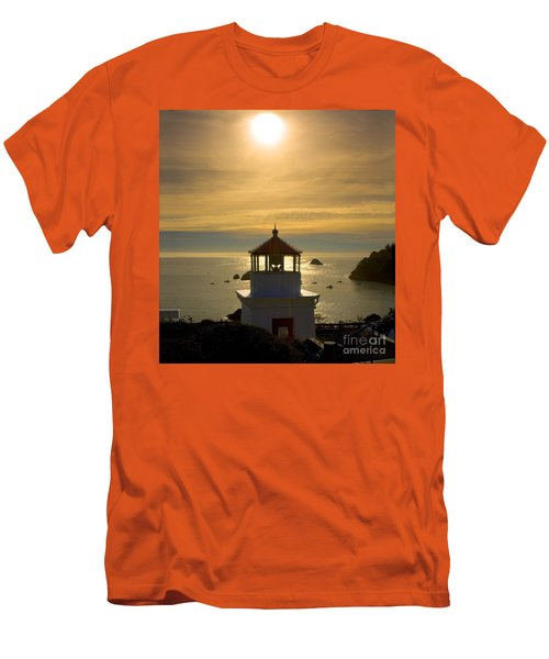 Trinidad Memorial Lighthouse Men's T-Shirt (Athletic Fit)