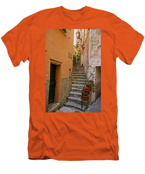 Vicolo Della Valle Riomaggiore Italy Dsc02537  Men's T-Shirt (Athletic Fit)