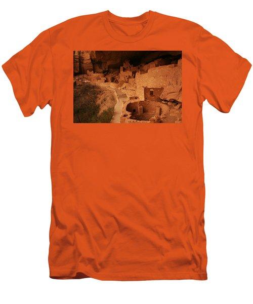 Cliff Palace Mesa Verde National Park Men's T-Shirt (Athletic Fit)