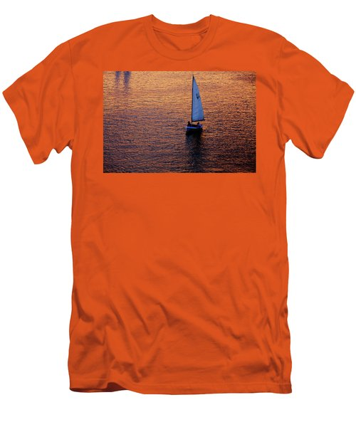 Sunset Sailing Men's T-Shirt (Athletic Fit)