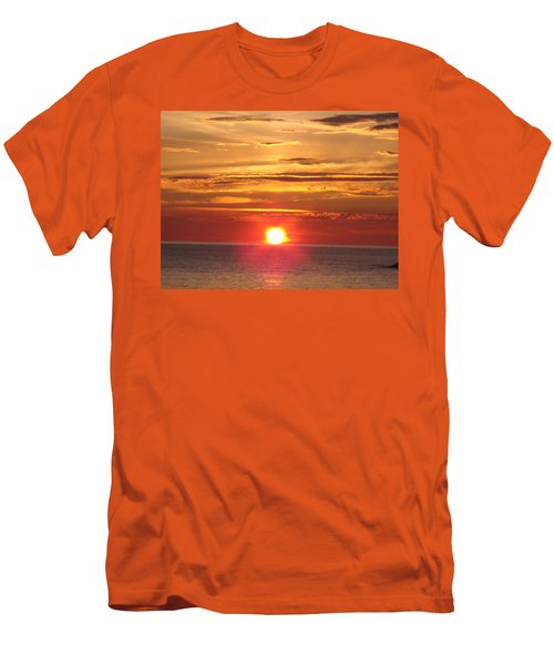 Men's T-Shirt (Slim Fit) featuring the photograph Superior Setting by Bonfire Photography