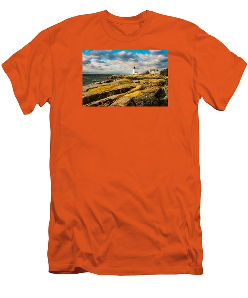 Annisquam Harbor Light Men's T-Shirt (Athletic Fit)
