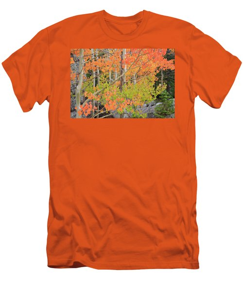 Men's T-Shirt (Slim Fit) featuring the photograph Aspen Stoplight by David Chandler