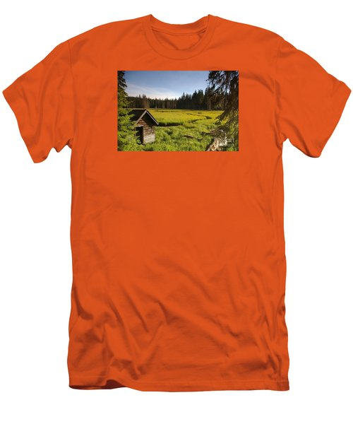 Clackamas Meadow Pump House- 2 Men's T-Shirt (Athletic Fit)
