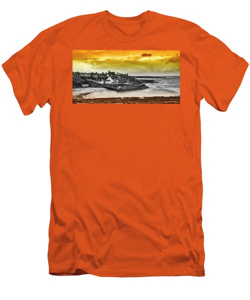 Crail Harbour Men's T-Shirt (Athletic Fit)