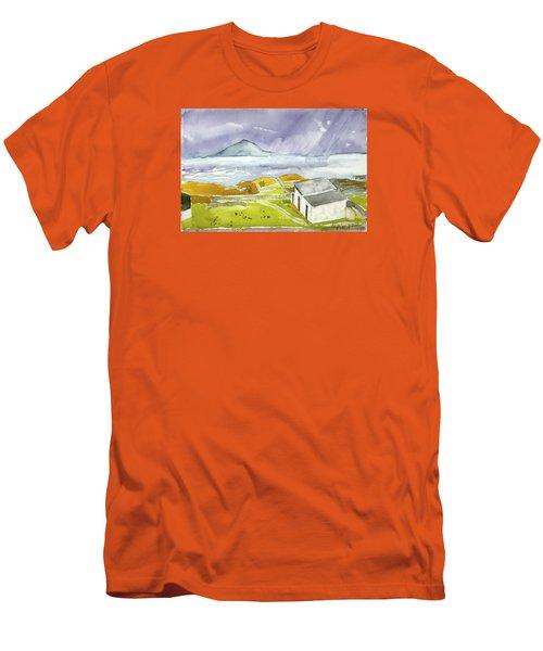 Croagh Patrick And Purple Sky Men's T-Shirt (Athletic Fit)