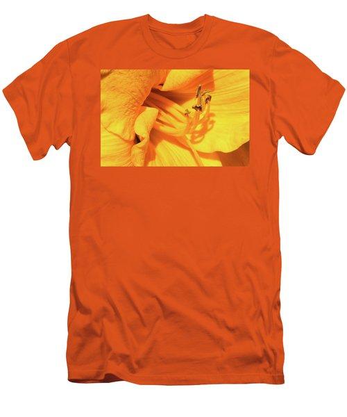 Daffodil - Peeping Tom 06 Men's T-Shirt (Athletic Fit)