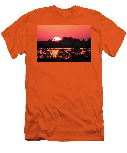 Heat Wave Sunrise Men's T-Shirt (Athletic Fit)