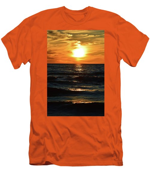 June 21 - 2017 Sunset At Wasaga Beach  Men's T-Shirt (Slim Fit)