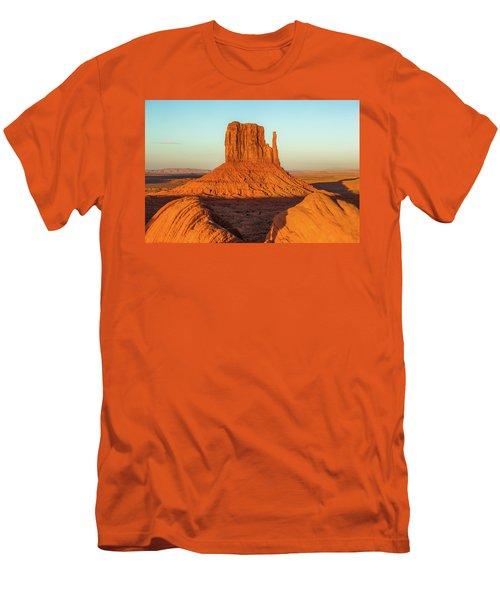 Left Mitten Sunset - Monument Valley Men's T-Shirt (Athletic Fit)