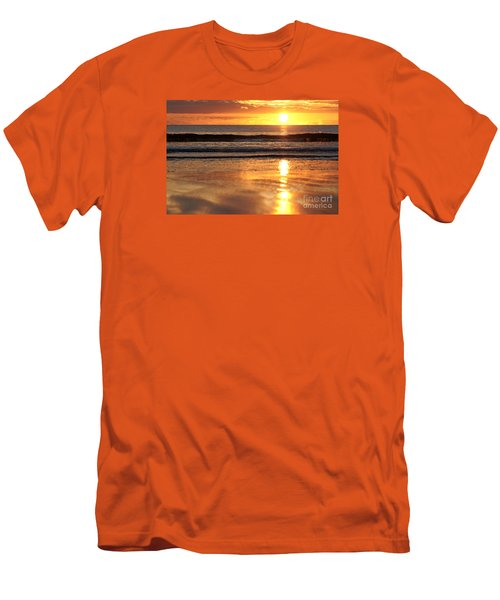 Llangennith Sundown Men's T-Shirt (Athletic Fit)