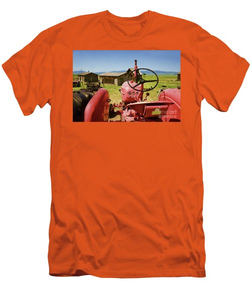 Massey Harris Tractor Men's T-Shirt (Athletic Fit)