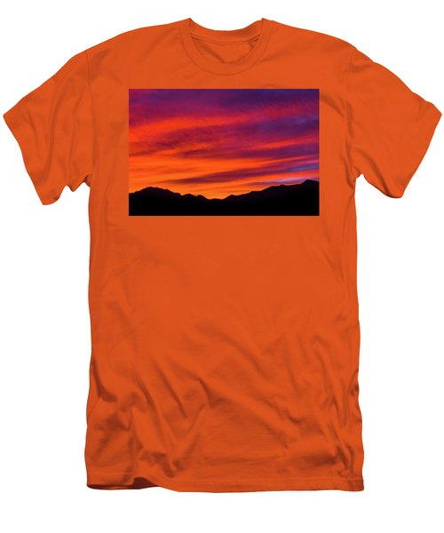 Mount Franklin Purple Sunset Men's T-Shirt (Athletic Fit)