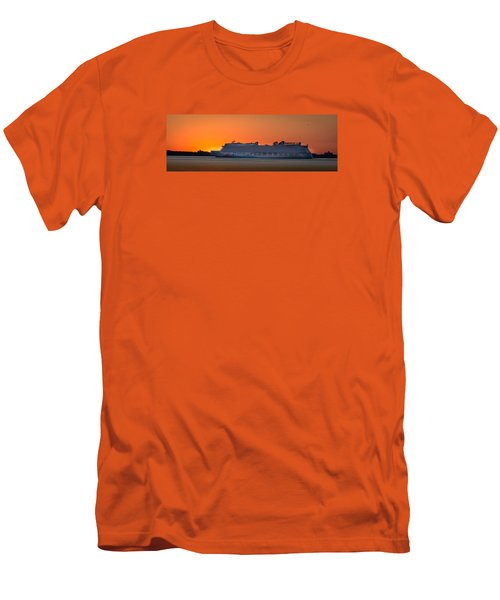Norwegian Breakaway Men's T-Shirt (Athletic Fit)