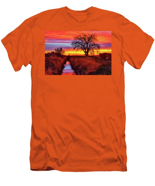 On The Horizon Men's T-Shirt (Slim Fit) by Greg Norrell