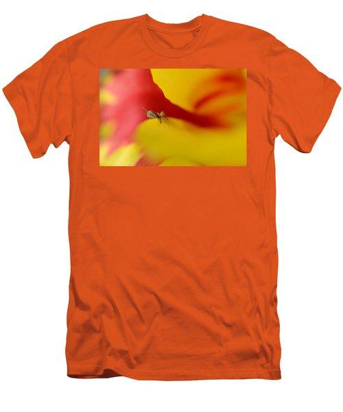 Peeking Men's T-Shirt (Athletic Fit)