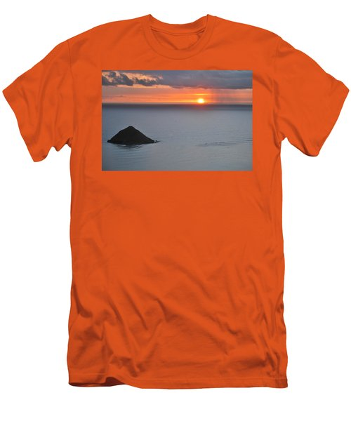 Sunrise View Men's T-Shirt (Athletic Fit)