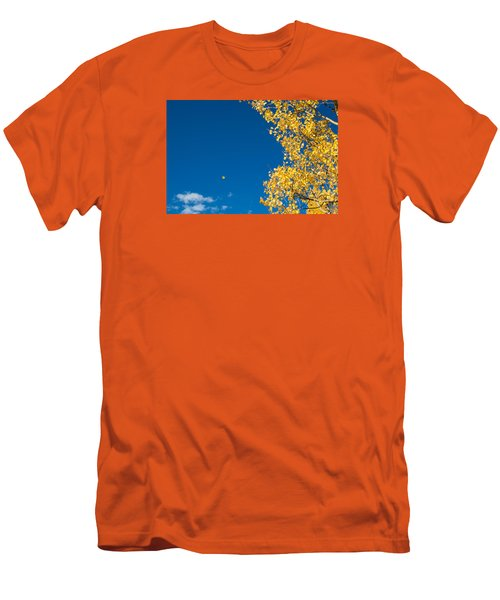 The Aspen Leaf Men's T-Shirt (Athletic Fit)