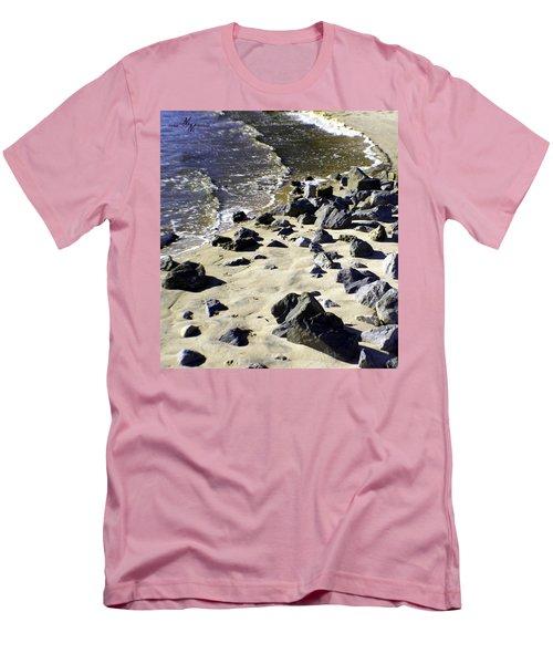 Florida Town Beach Men's T-Shirt (Athletic Fit)