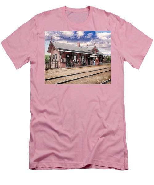 Garrison Train Station Colorized Men's T-Shirt (Athletic Fit)