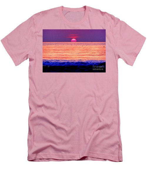 Pink Sun Men's T-Shirt (Athletic Fit)