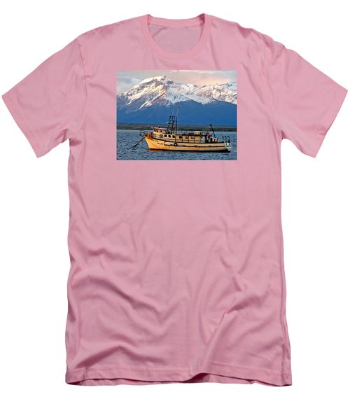 Mama Dina Men's T-Shirt (Athletic Fit)