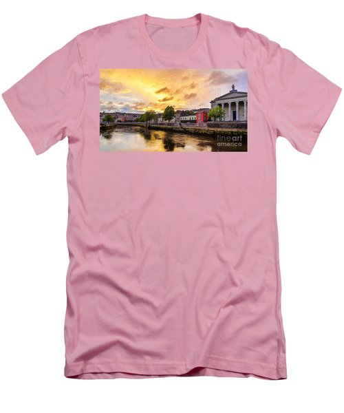 River Lee In Cork Men's T-Shirt (Athletic Fit)
