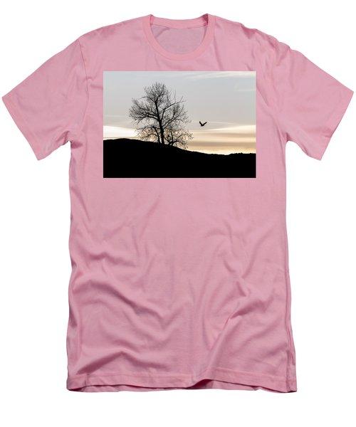 Soaring Eagle Men's T-Shirt (Slim Fit)