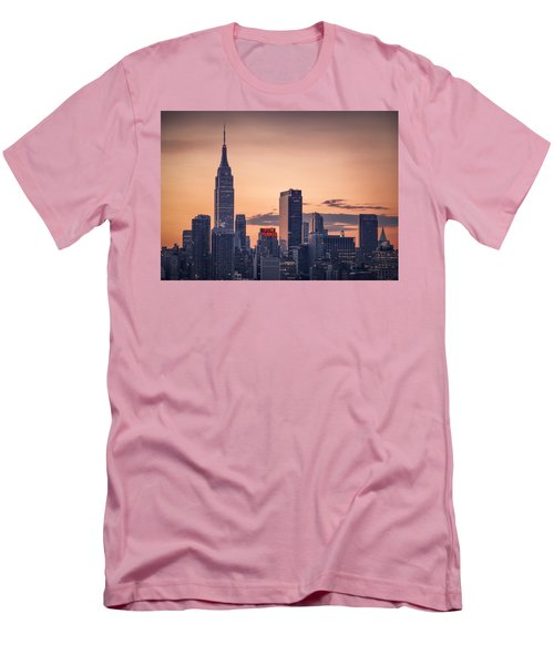 Manhattan Sunrise Men's T-Shirt (Athletic Fit)